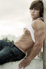 Abel Albonetti model. Abel Albonetti demonstrating Body Modeling, in a photoshoot by Luis Rafael.Photographer: Luis RafaelBody Modeling Photo #102438