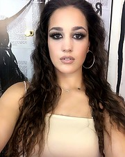 Aggeliki Tsianaka model (Αγγελική Τσιανάκα μοντέλο). Photoshoot of model Aggeliki Tsianaka demonstrating Face Modeling.Face Modeling Photo #213927