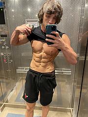 Ahmet Enes Aksu model. Photoshoot of model Ahmet Enes Aksu demonstrating Body Modeling.Body Modeling Photo #231396