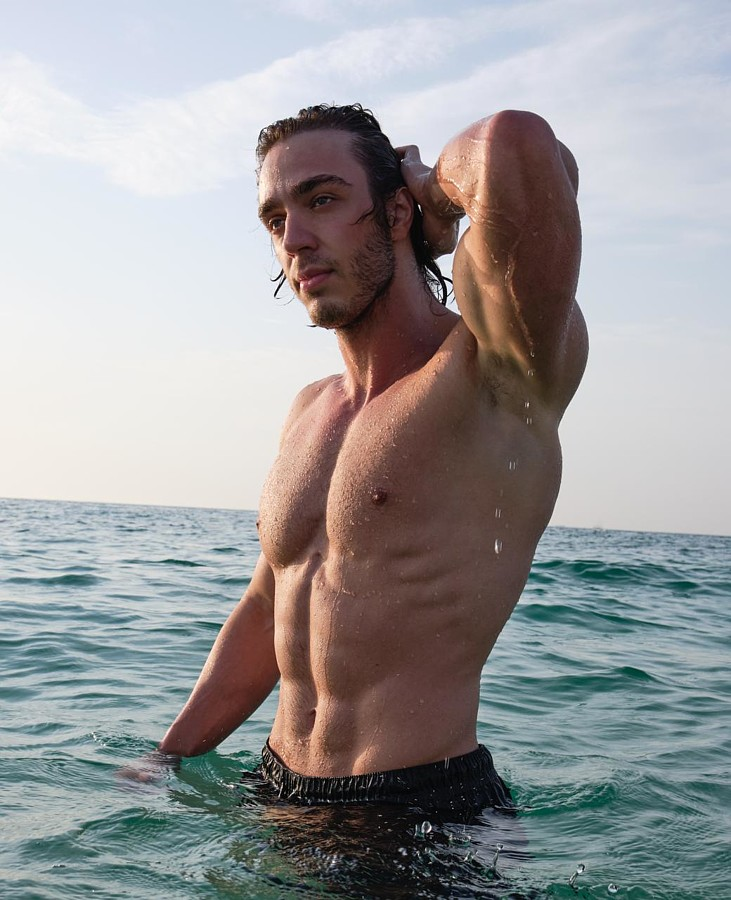 Ahmet Enes Aksu model. Photoshoot of model Ahmet Enes Aksu demonstrating Body Modeling.Body Modeling Photo #231520