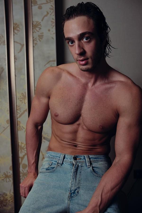 Ahmet Enes Aksu Model