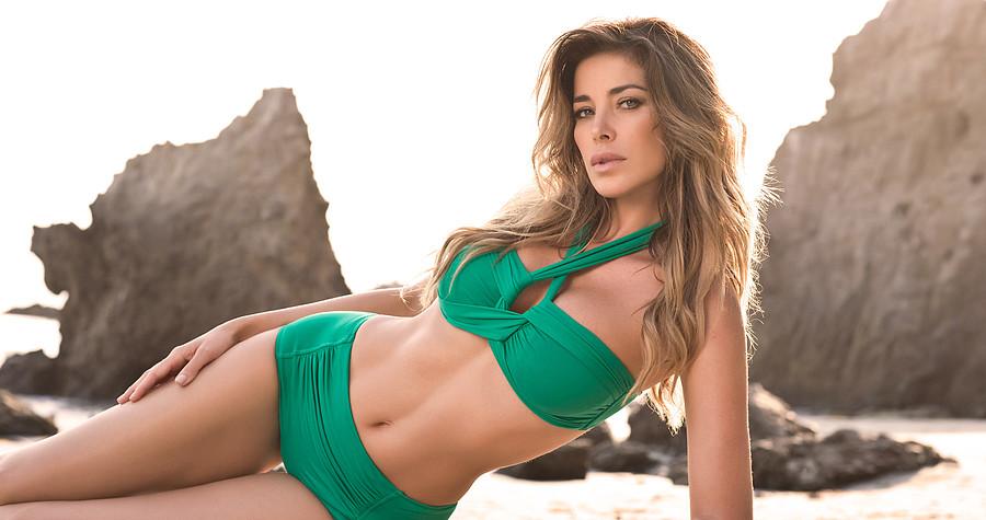 Aida Yespica model. Photoshoot of model Aida Yespica demonstrating Body Modeling.Body Modeling Photo #162877