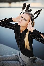 Aija Udentina makeup artist & hair stylist (Aija Ūdentiņa sminka & hársnyrtir). Work by makeup artist Aija Udentina demonstrating Fashion Makeup in a photoshoot of Anete Auzina.model Anete AuzinaFashion Makeup Photo #136714