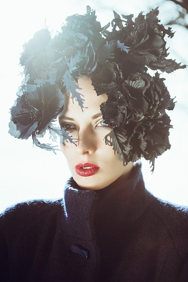 Aija Udentina makeup artist & hair stylist (Aija Ūdentiņa sminka & hársnyrtir). Work by makeup artist Aija Udentina demonstrating Beauty Makeup.Photo:  Aiga RedmaneFashion Photography,Fashion Modeling,Beauty Makeup,Fashion Hair Styling Photo #13666
