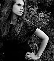 Aimee Loraine model (modell). Photoshoot of model Aimee Loraine demonstrating Face Modeling.Face Modeling Photo #92764