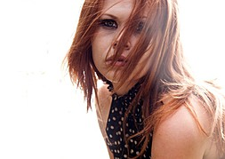 Aimee Loraine model (modell). Photoshoot of model Aimee Loraine demonstrating Face Modeling.Face Modeling Photo #92766