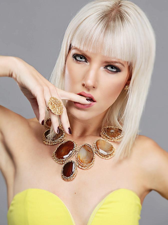 AJ Knapp model. Photoshoot of model AJ Knapp demonstrating Face Modeling.Necklace,RingFace Modeling Photo #112188