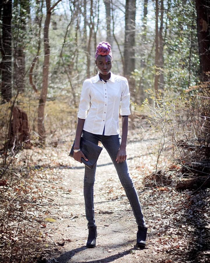 Ajoh Kuch model. Photoshoot of model Ajoh Kuch demonstrating Fashion Modeling.Fashion Modeling Photo #172469