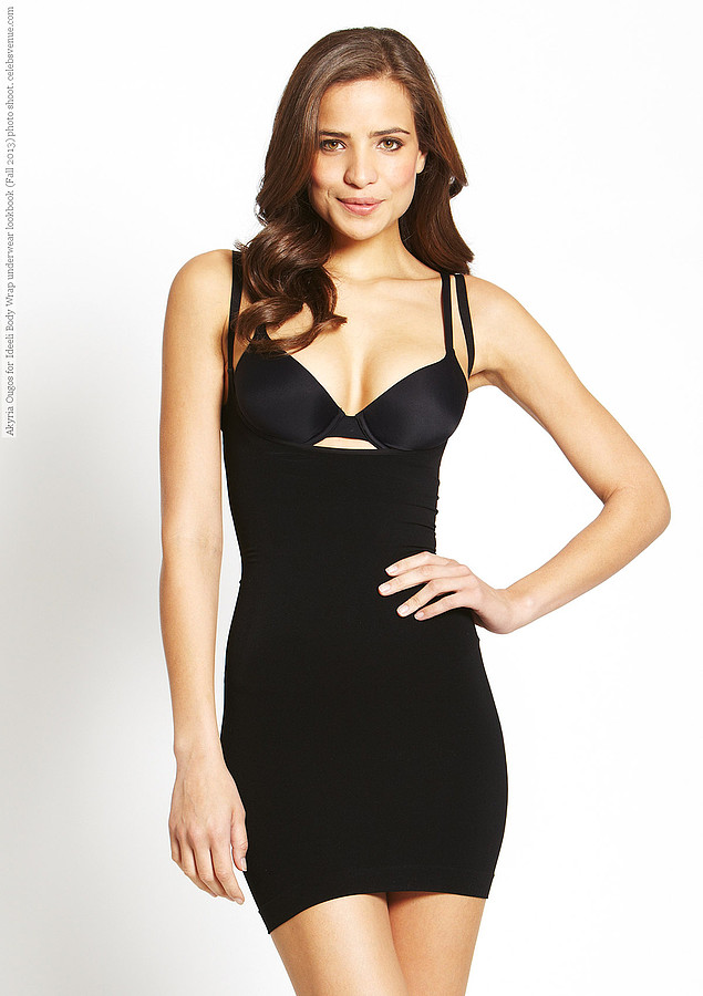 Akyria Ougos model (modelo). Photoshoot of model Akyria Ougos demonstrating Fashion Modeling.Fashion Modeling Photo #145029