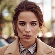 Akyria Ougos model (modelo). Photoshoot of model Akyria Ougos demonstrating Face Modeling.Face Modeling Photo #180577