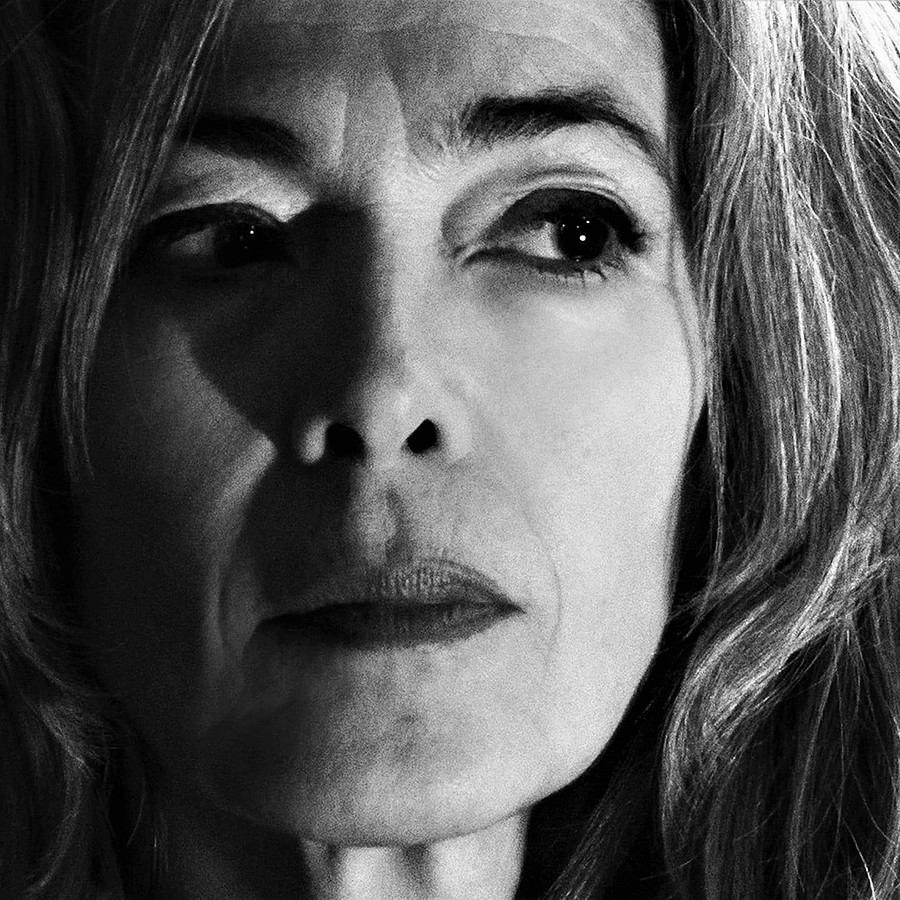 Albena Koutova model (μοντέλο). Photoshoot of model Albena Koutova demonstrating Face Modeling.Face Modeling Photo #233311
