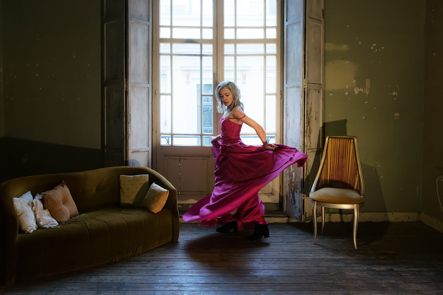 Albena Koutova model (μοντέλο). Photoshoot of model Albena Koutova demonstrating Fashion Modeling.Fashion Modeling Photo #233317
