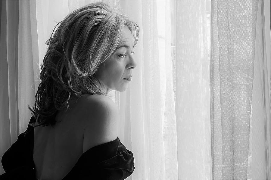 Albena Koutova model (μοντέλο). Photoshoot of model Albena Koutova demonstrating Face Modeling.Face Modeling Photo #233319