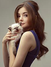 Alecia Hamilton model. Photoshoot of model Alecia Hamilton demonstrating Face Modeling.Face Modeling Photo #78575