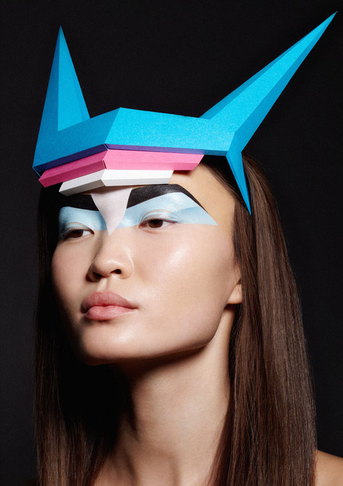Alena Moiseeva makeup artist & hair stylist (визажист & парикмахер-модельер). Work by makeup artist Alena Moiseeva demonstrating Creative Makeup.Creative Makeup Photo #57719