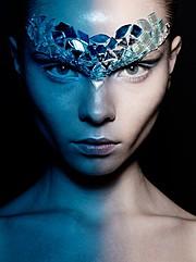 Alena Moiseeva makeup artist & hair stylist (визажист & парикмахер-модельер). Work by makeup artist Alena Moiseeva demonstrating Creative Makeup.Creative Makeup Photo #57724