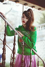 Alessandra Velia model (modèle). Photoshoot of model Alessandra Velia demonstrating Fashion Modeling.NecklaceFashion Modeling Photo #103412