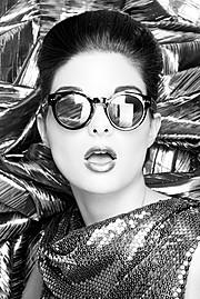 Alessandra Velia model (modèle). Alessandra Velia demonstrating Face Modeling, in a photoshoot by Josh Caudwell.Make up & hair : Charlotte LejusteEyewearFace Modeling Photo #103413