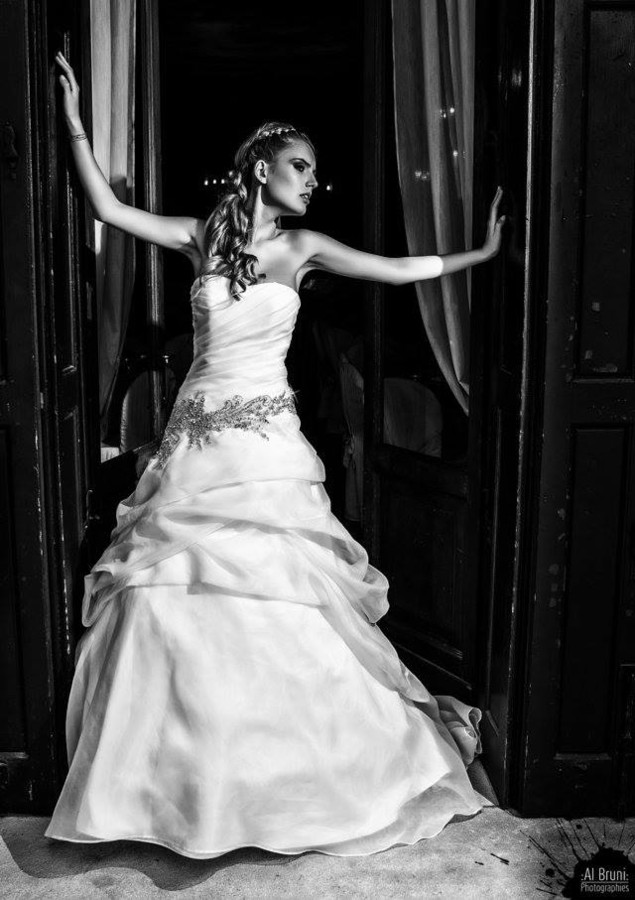 Alessia Moro model (modella). Photoshoot of model Alessia Moro demonstrating Fashion Modeling.Wedding GownFashion Modeling Photo #171137