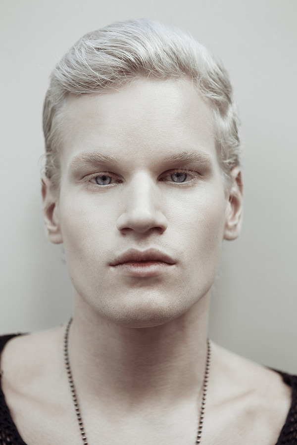 Alex Alexander Model & Singer