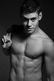 Alexander Karmios photographer & filmmaker. Work by photographer Alexander Karmios demonstrating Body Photography.Body Photography Photo #170135