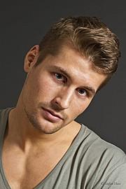 Alexander Lazarevic model. Photoshoot of model Alexander Lazarevic demonstrating Face Modeling.Face Modeling Photo #113402