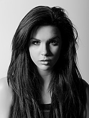 Alexandra Agro model. Photoshoot of model Alexandra Agro demonstrating Face Modeling.Face Modeling Photo #85179