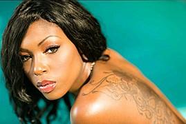 Alexis Hicks model. Photoshoot of model Alexis Hicks demonstrating Face Modeling.Face Modeling Photo #102484