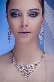 Ali Farhad photographer. Work by photographer Ali Farhad demonstrating Portrait Photography.Necklace,EarringsPortrait Photography Photo #119994