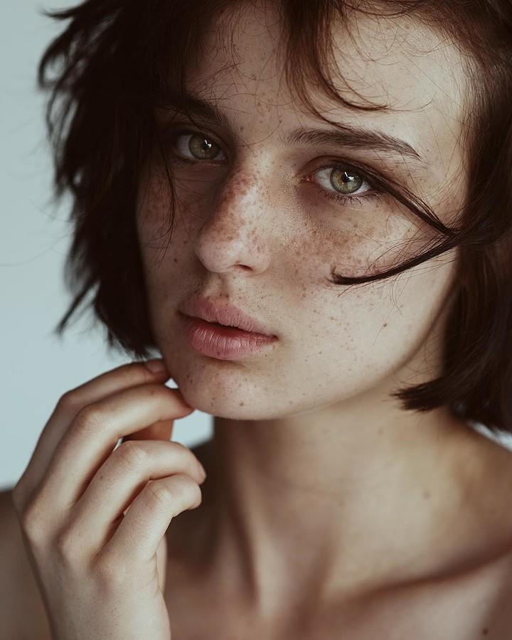 Alice Pagani Model & Actress