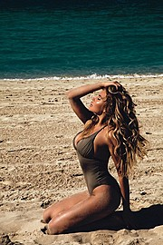 Alina Ilina model & fashion designer (модель & модельер). Photoshoot of model Alina Ilina demonstrating Body Modeling.Body Modeling Photo #163022