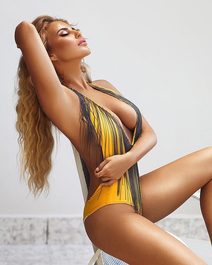 Alina Ilina model & fashion designer (модель & модельер). Photoshoot of model Alina Ilina demonstrating Body Modeling.Body Modeling,Swimwear Design Photo #163033