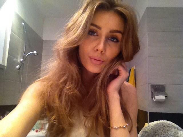 Alina Marynych model (modelka). Photoshoot of model Alina Marynych demonstrating Face Modeling.Face Modeling Photo #180498