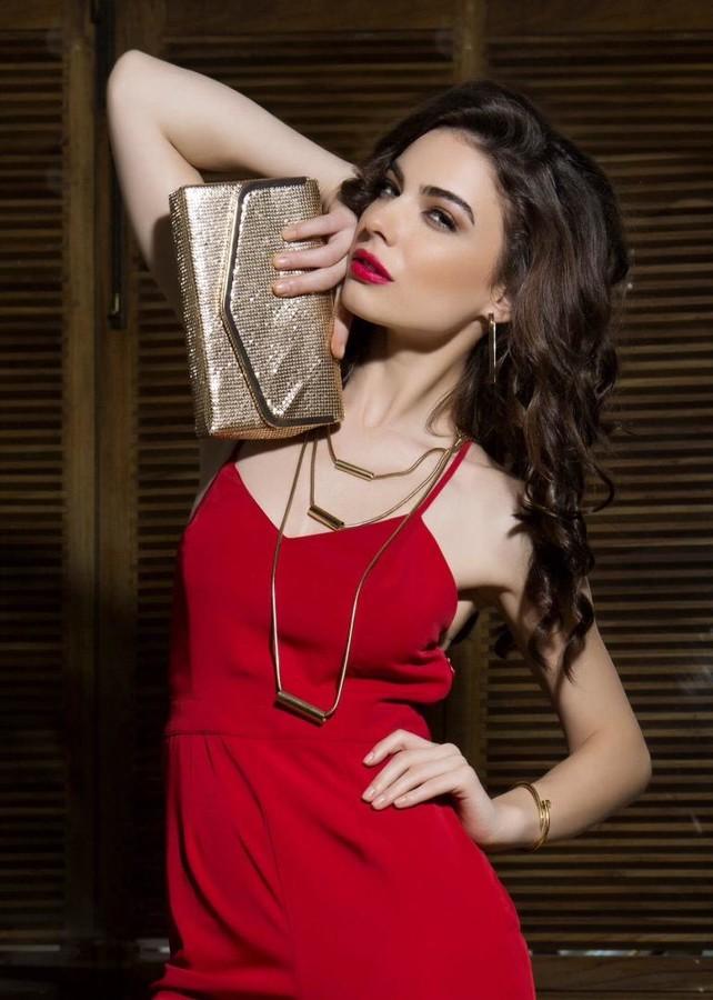 Alina Simota model. Photoshoot of model Alina Simota demonstrating Fashion Modeling.Fashion Modeling Photo #172138
