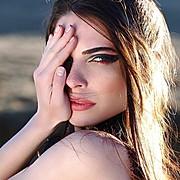 Alina Simota model. Photoshoot of model Alina Simota demonstrating Face Modeling.Face Modeling Photo #172139