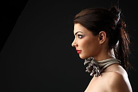 Alina Simota model. Photoshoot of model Alina Simota demonstrating Face Modeling.Face Modeling Photo #94628