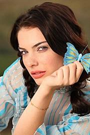 Alina Simota model. Photoshoot of model Alina Simota demonstrating Face Modeling.Face Modeling Photo #94629