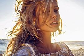 Allie Leggett model. Photoshoot of model Allie Leggett demonstrating Face Modeling.Face Modeling Photo #165706