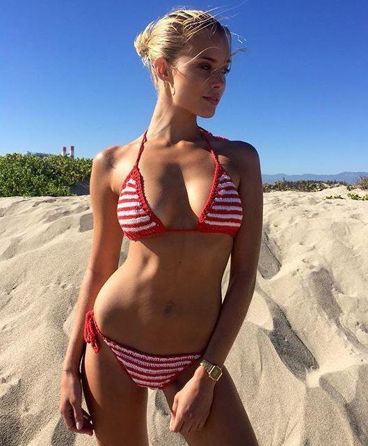 Allie Leggett model. Photoshoot of model Allie Leggett demonstrating Body Modeling.Body Modeling Photo #165714