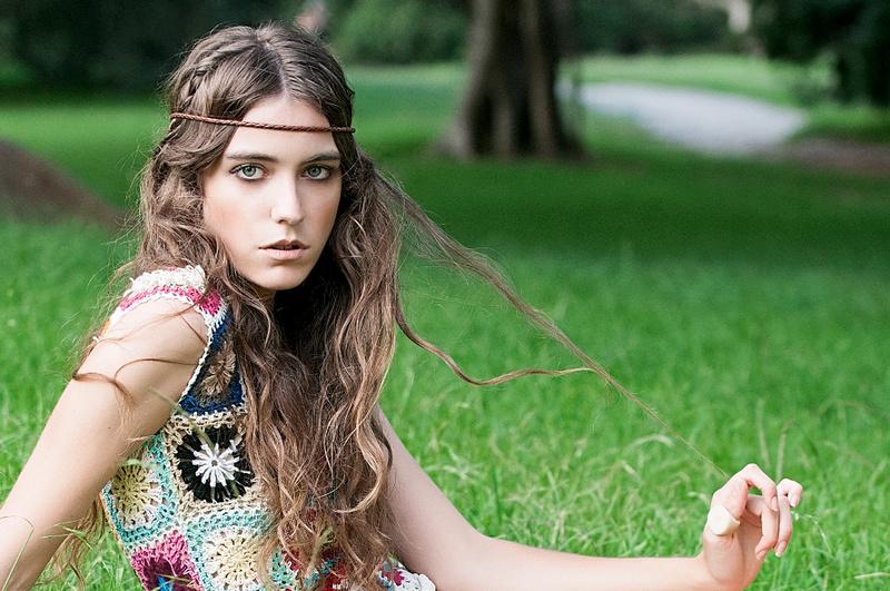 Ally Rose model. Photoshoot of model Ally Rose demonstrating Face Modeling.Face Modeling Photo #98568