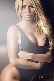 Amanda Lynn L'hommedieu model. Photoshoot of model Amanda Lynn L Hommedieu demonstrating Face Modeling.Face Modeling Photo #104952