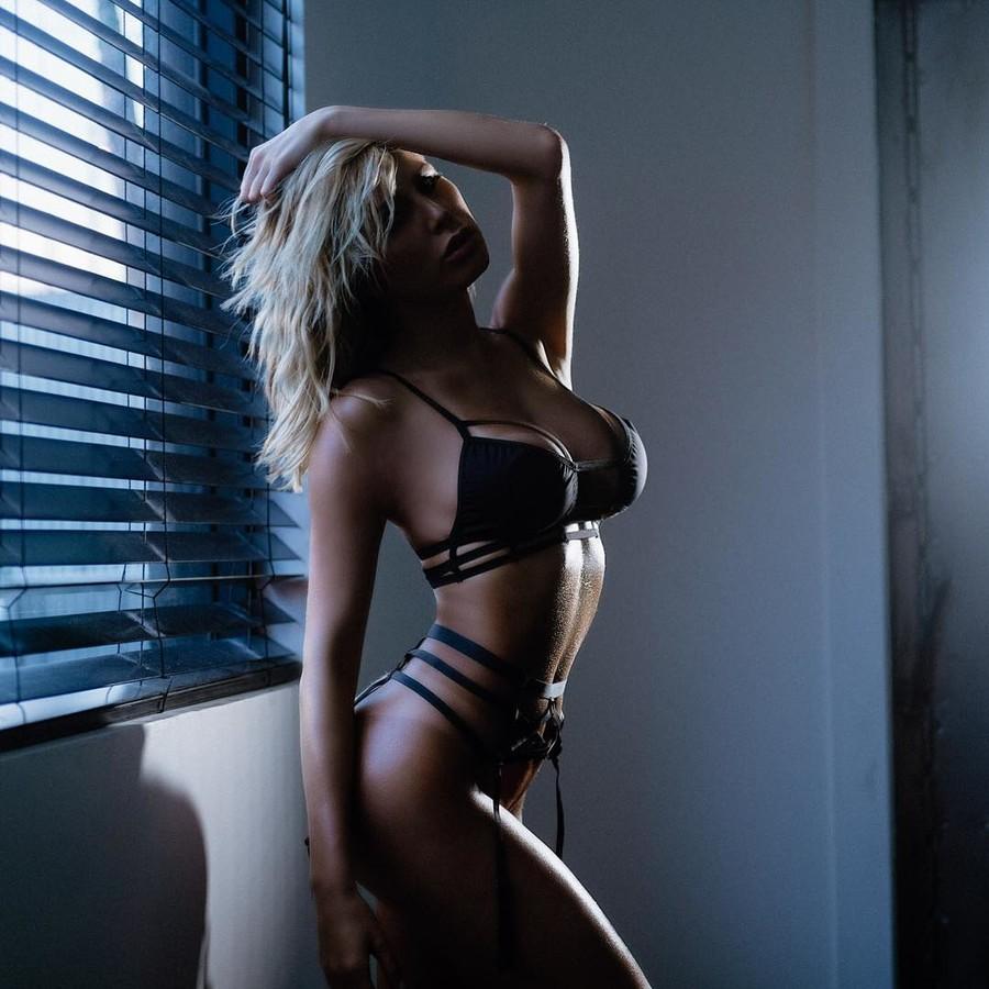 Amanda Lynn L'hommedieu Model