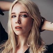 Ameslon Anne Claire model (modèle). Photoshoot of model Ameslon Anne Claire demonstrating Face Modeling.Face Modeling Photo #211931