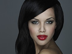 Amina Malakona model. Photoshoot of model Amina Malakona demonstrating Face Modeling.Face Modeling Photo #182083