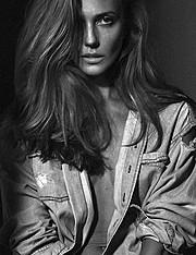 Ana Kuni model & artist. Photoshoot of model Ana Kuni demonstrating Face Modeling.Face Modeling Photo #145099