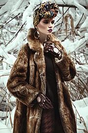 Ana Maria Ilinca model. Photoshoot of model Ana Maria Ilinca demonstrating Fashion Modeling.EarringsFashion Modeling Photo #94664