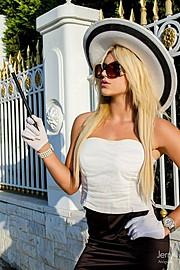 Anastasia Terzi model (Αναστασία Τερζή μοντέλο). Photoshoot of model Anastasia Terzi demonstrating Fashion Modeling.photography: Jerry AnogiatisFashion Modeling Photo #127939