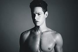 Andrea Moscon model (modello). Photoshoot of model Andrea Moscon demonstrating Face Modeling.Face Modeling Photo #95919