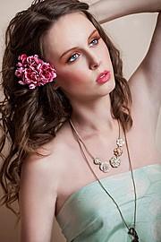 Andreea Raducu model. Photoshoot of model Andreea Raducu demonstrating Face Modeling.NecklaceFace Modeling Photo #94744