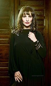Andreea Zoia model. Photoshoot of model Andreea Zoia demonstrating Face Modeling.Face Modeling Photo #121279